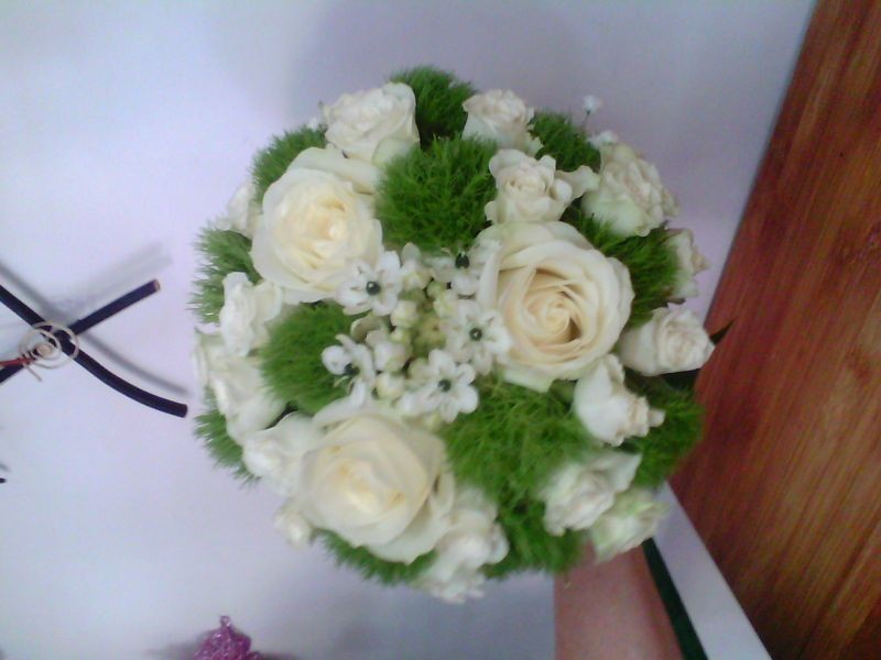 Buchet Trandalb Garoafa Verde Si Otg Floraria Alcevaro Din Pitesti
